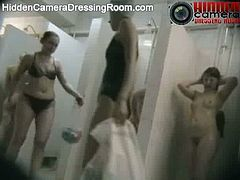 These people have no idea they were recorded while showering. Watch these chicks rubbing their bodies, while everything is being recored on a hidden camera.