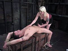 kinky mistress ties him up and rides him