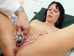 Deep stimulation gyno exam with a horny mature eager for sex