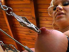 Stretch class with Lea Lexis. hardcore action as this blonde babes really does stretch her ass hole and lovely big tits to the limit. Listen to her moan as her ass is plugged with a toy whilst her tits are stretched using a heavy clamp.