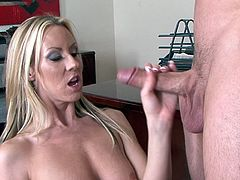 Wild fuck session at the office