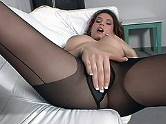 Jaime Lynn is actually a naughty girl and today she is going to show it. She slowly and seductively pulls off her pantyhose and outs them on her arm so she can rub the soft clothe of her warm cunt. Watch as she slowly puts the hose back on and tease you some more.