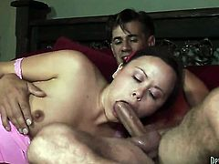 Charming tart and hot guy enjoy oral sex