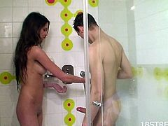 While taking a bath, this pretty girlfriend is joined by her boyfriend who soon get naked. Minutes later, she is down sucking her boyfriend's cock then riding it like a slut.