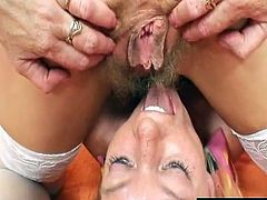 Unshaved old has toyed by kinky blonde mommy