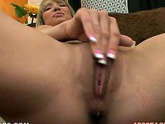 Seductive blond head Maya Hills takes off her swimsuit to show out her sexy body. Then she kneels down and gives her BF blowjob that he will never forget.