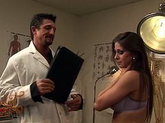 Horny slut Rachel Roxxx seduces her doctor and fucks him on the table