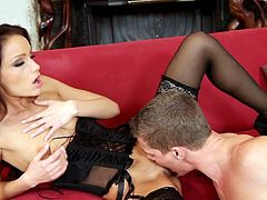 Sophie Lynx has no shame when it comes to rough pussy stimulation