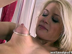 This dirty blonde slut starts off by playing with her cunt and then, seductively licking her pussy pump. She alternates using the pussy pump on her vagina and nipple. She is so horny, that she inserts a dildo inside at the same time, as the pump is on her cunt.