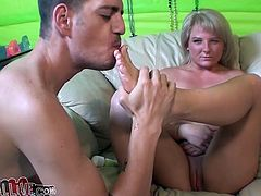 Hussy blonde Casey Cumz enjoys watching big fist penetrating her stretched anus. Dude finger fucks her ass hole and then licks her tootsie. Don't skip exciting fisting and foot fetish sex tube video.