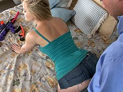 She's not a porn star for nothing! Alexis Texas is one of the hottest and naughtiest blonde porn actresses in the business! This whore likes cock more, than anything and does her job with pleasure every time. Look how she puts her hand in this guy's pants, to check his dick, after finding his cock pump and then, sucks him