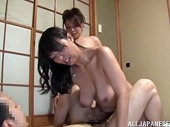 This dude right here bangs a couple of hot babes in this amazing Japanese threesome, hit play and check it out right here! It's sweet!