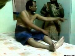 Filthy Indian whore doing relaxing massage to the dude