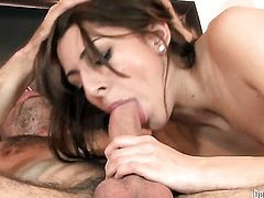Lexi Bloom gets heavily fucked in her mouth by lucky man