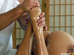 Ramon is a good masseuse is very talented at giving massage, but sometimes her doesn't know when to quit. He rubs oil all over her back and shoulders, but once he gets to her feet this chick is so horny. He moves towards her pussy and shows how talented he is at fingering, too.