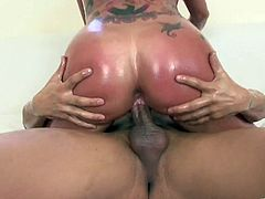 Look at this smoking hot and juicy one! She drops her tits out and oils herself up for a damn hot slippery sex. Kerry Louise is wicked hungry!