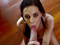 Have a good time watching this brunette cougar, with big tits and juicy mouth, while she sucks a big schlong and gets a cumshot into her mouth.