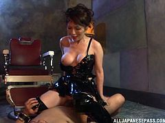 Touch yourself watching this Asian cougar, with a nice ass wearing latex clothes, while she gets banged hard in different positions.
