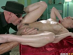 milf in the dirty massage saloon