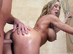 If your GF's stepmom wants to fuck you, better hope she's as sexy as Brandy Love. This mature woman loves young studs. She seduces this guy in the shower and asks him to fuck her mature pussy. Horny dude doesn't want to waste any time as he gets down to business right away.