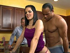 Wild fuck in the kitchen for nasty wife