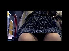 Japanese Upskirt in Bus