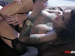 Prepare your cock for this tattooed cougar, with a nice ass wearing black stockings, while she serves an incredible blowjob to a lusty guy.