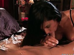 Shazia Sahari wants sex with Ramon really badly