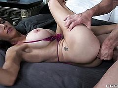 Johnny Sins shows nice anal tricks to With juicy boobs with the help of his erect man meat