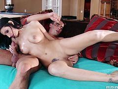 Have fun with this hardcore scene where the slutty brunette Amber Cox ends up splattered by semen after being fucked by a large cock.
