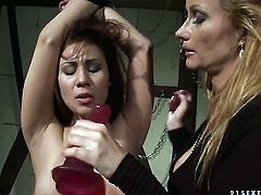 Brunette Patricia Dream with big boobs lets Katy Parker stick her tongue in her lesbian wet spot