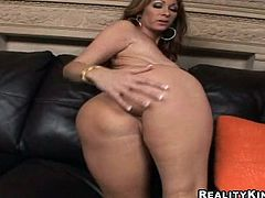 A horny MILF shakes her big ass and sucks a dick excitedly. Then Tiffany gets her pussy licked and fucked on a sofa. In addition she gets butt fucked from behind.