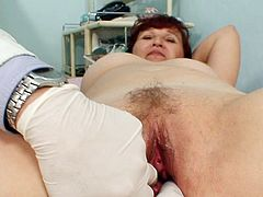 Never did horny mature had such pleasures when having horny doc to exam her wet cunt