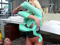 Leggy office blonde Summer Brielle in short black skirt needs sex badly. She pulls down her panties and pull out her big tits before lucky dude sticks his dick in her pink wet pussy. He bangs her twat non-stop and she loves it so much!