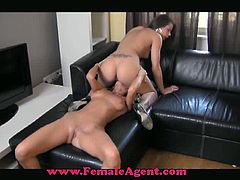 Female Agent brings you a hell of a free porn video where you can see how two sexy brunette belles munch their sweet cunts into heaven while assuming sexy poses.