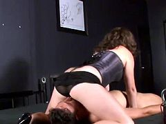 This slave had a chastity belt on for a month. She rewards him for his loyalty by giving him a blowjob. White sitting on his face, he dares to fuck her mouth and cum.