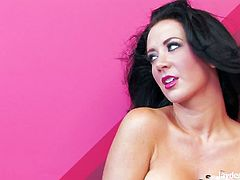 Stunning pornstar babe Jayden Jaymes is ready to spread her legs wide as hell for all of her horny fans out there. She uses her long fingers for a screaming orgasms.