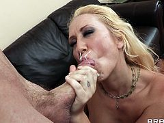Make sure you have a look at this brutal hardcore scene where the busty Alana Evans sucks on a big cock before this blonde's tight asshole is drilled by it.