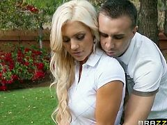 Brazzers Network brings you a hell of a free porn video where you can see how the busty blonde Cameron Dee gets fucked outdoors while assuming very hot poses.