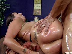 Sexy brunette Kelly Divine is having fun with Marco Banderas indoors. Kelly slams her snatch with a dildo, then lets Marco poke his big wang in her mouth and asshole.