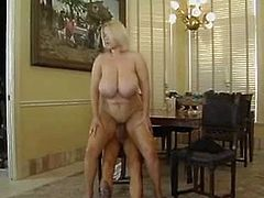 Gorgeous BBW Blonde Bunny Bounces on Cock