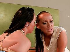Brunette Mandy Bright shows off her hot body while getting tongue fucked by lesbian !new