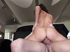 Miley Ann tries her hardest to make horny dude Mark Ashley bust a nut with her mouth