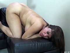 Extremely sexy and hot dark haired bitch with nice ass gets a cunnilingus