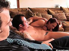 Cheyenne Jewel gets poked silly by fuck hungry man