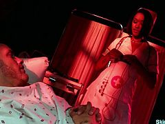 Hot nurse Skin Diamond fucks and sucks her patient. She sucks his cock and takes it in her shaved pussy before she gets her ass hole fucked hard. Finally she gets a load of cum on her pussy. Enjoy!