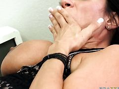 Ariella Ferrera makes Xander Corvuss pole harder before she takes it in her mouth