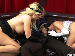 Gorgeous babes Aleksa Nicole and Courtney Taylor enjoy a nasty ass-to-mouth while they get their yummy asshole drilled by Danny Mountain.