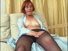 Solo Moms In Pantyhose 5
