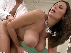 Awesome milf Sensual Jane comes to a gynecologist to get her pussy examined. She strips and shows her massive natural jugs to the guy, then gives him a blowjob and rides his wang.